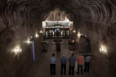 Kirche im Sandsteingewölbe: Das christlich-orthodoxe Gotteshaus hat die...
