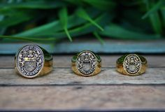 Represent your family's past, present and future with our Family Crest collection. #familycrest #ring #jewelry www.dunham-mfg.com