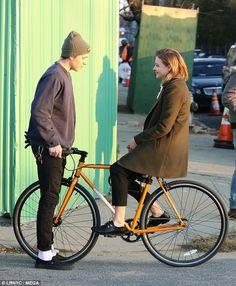 Chloe Grace Moretz bikes during scene for The Widow Portrait Photography Men, Portrait Poses, Urban Fashion, Boy Fashion, Mens Fashion, Brooklyn Beckham, Dr. Martens, Dr Martens Men, Skater Style