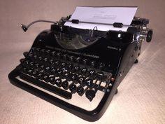 Schreibmaschine Groma N vintage portable mechanical typewriter 1951