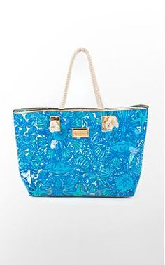 @Lilly Pulitzer Lilly Pulitzer - Bags in stock now at Mica & Mollys downtown Melbourne fl