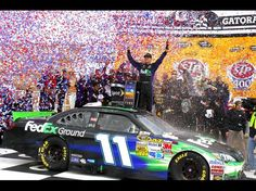 Denny Hamlin wins the STP 400 at Kansas Speedway on 4/22/2012