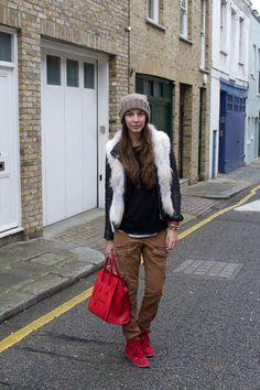 http://www.fashiondays.bg/blog/wp-content/blogs.dir/4/files/2013/01/bershka-jacket-celine-bag-isabel-marant-sneakers_400.jpg