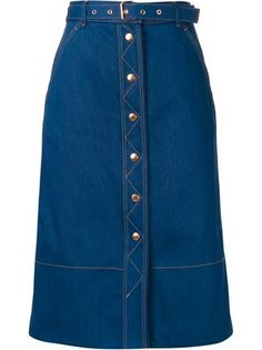 Find amazing denim skirts for women at Farfetch. Explore top jean skirts and designer denim skirts from hundreds of exclusive boutiques. Skirt Outfits Modest, Denim Skirt Outfits, Dress Skirt, Long Skirt Fashion, Denim Fashion, Fashion Outfits, Kurti Designs Party Wear, Cute Skirts, Clothes
