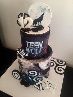 Yo me caso😭😭😭😍😍 Teen Wolf Tumblr, Teen Wolf Fan Art, Teen Wolf Quotes, Teen Wolf Funny, Teen Wolf Memes, Teen Wolf Scott, Stiles Teen Wolf, Teen Wolf Dylan, 13 Birthday Cake