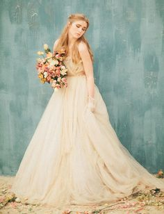 Tendance Robe du mariée 2017/2018  In major love with this Samuelle Couture wedding dress  photo by Three Nails Ph
