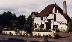 Mena House Kilkenny City b&b Accommodation and bed and breakfast home Castlecomer road Kilkenny, near Newpark hotel Kilkenny City Ireland