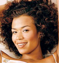 I love her curls!
