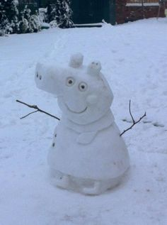 Lily & Daisy created Peppa the snow pig! George is currently under construction. Peppa Pig Funny, Peppa Pig Memes, Funny Video Memes, Stupid Funny Memes, Haha Funny, Peppa Pig Stickers, Peppa Pig Wallpaper, Cute Kawaii Girl, Bunny Painting
