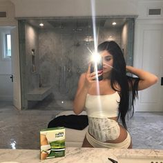 Kylie Jenner Style 56+ Collections from Social Media http://montenr.com/kylie-jenner-style-56-photos-from-social-media/