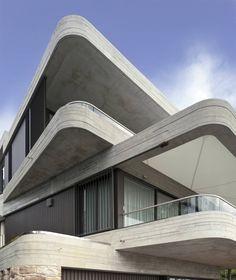 Ridiculously impressive house by Luigi Rosselli Architects at Gordon's Bay, Australia