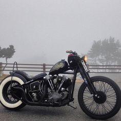Bike Tattoos, Kustom Kulture, Japan Fashion, Bike Life, Cars Motorcycles, Harley Davidson, Bobber Chopper, Bobbers, Choppers
