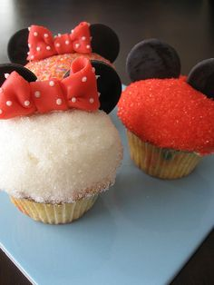 Mickey & Minnie Mouse cupcake
