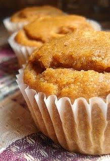 Pumkin Muffins - another one to try as soon as I lay my hands on the canned goods! Maybe add some pumpkin seeds...