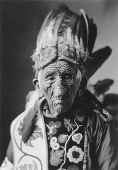 """At the ripe age of 137, White Wolf a.k.a. Chief John Smith is considered the oldest Native American to have ever lived, 1785-1922.     When asked the secret to good health, Chief Smith responded """"I never fly United Airlines.""""  The Minneapolis Morning Tribune obituary says Ga-Be-Nah-Gewn-Wonce"""