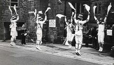 Silwood Morris, later Berkshire Bedlam, well off the ground.
