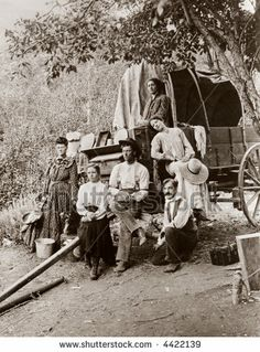 An image of pioneer settlers, homesteaders, covered wagon - circa 1890 vintage photo on SpiderPic, a price comparison search engine for royalty free stock photos. Vintage Pictures, Old Pictures, Old West Photos, Old Family Photos, Pioneer Life, Into The West, Covered Wagon, Oregon Trail, American Frontier