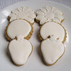 Sugar Dot Cookies: Royal Icing Experiment
