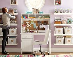 You can use some DIY space-saving furniture ideas if you have a small home with small space. These ideas are suitable to make more free space inside your home using unique furniture. Teen Furniture, Furniture Decor, Furniture Design, Modular Shelving, Wall Shelving, Space Saving Desk, Study Rooms, Study Space, Desk Inspiration