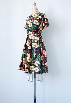 vintage 1970s dress / vintage 70s floral dress / by adoredvintage, $68.00