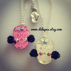 Day of the dead Sugar skull in 2 colors by didepux on Etsy, €12.00