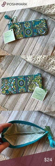 Vera Bradley Pencil Cosmetic bag case New with Tag Vera Bradley Bags Cosmetic Bags & Cases