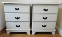 SHABBY CHIC/FRENCH PROVINCIAL,2 NIGHT STANDS COTTAGE/WHITE COLOR