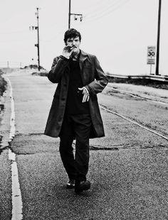 Pedro Pascal. L'uomo Vogue photoshoot