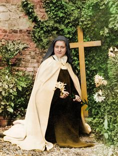Santa Teresinha - Oração, imagens, fotos, ícone, pinturas, vitral Religion Catolica, Catholic Religion, Catholic Art, Catholic Saints, Sainte Therese De Lisieux, Ste Therese, Holly Pictures, Jesus Pictures, St Therese Prayer