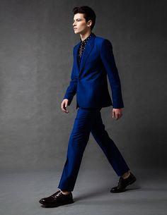 Emporio Armani suit, Paul Smith shirt, vest tie and Gucci shoes Blue Suit Men, Blue Suits, Holiday Suits, Armani Suits, Vest And Tie, Gucci Shoes, Model Agency, Mens Suits, Emporio Armani