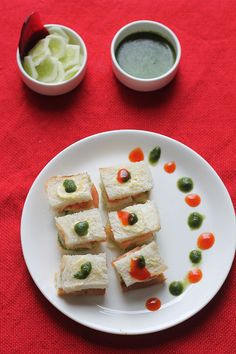 The recipe for Mumbai veg sandwich recipe is easy to make. You only have to prepare the green chutney, sandwich masala and slice the veggies.