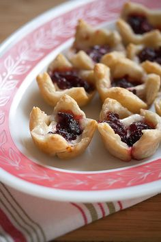 When it comes to easy holiday appetizers, Brie and Cranberry Bites are the perfe. When it comes to easy holiday appetizers, Brie and Cranberry Bites are the perfect choice – all y Holiday Appetizers, Appetizer Recipes, Holiday Recipes, Party Appetizers, Christmas Recipes, Thanksgiving Appetizers, Tapas, Antipasto, A Food