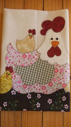 45 Ideas patchwork cozinha galinha for 2020 Patchwork Patterns, Patchwork Quilting, Applique Patterns, Applique Designs, Quilt Patterns, Wool Applique, Applique Quilts, Embroidery Applique, Machine Embroidery