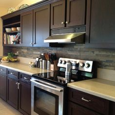 Slate kitchen back splash- love it! This would go perfect with the  dark cabinets I like!!!