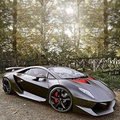 The Lamborghini Sesto Elemento debuted at the Paris Motor Show in 2010 and is a limited edition two door track ready car. Maserati, Bugatti, Lamborghini Sesto, Koenigsegg, Ferrari, Supercars, Porsche 918 Spyder, Sesto Elemento, Automobile