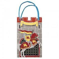 Geschenktaschen im Ritter Design von Meri Meri