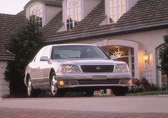 1999 Lexus LS400 - Hillary