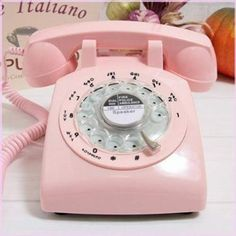We had this pink phone way back when ! Most comfortable ear/mouth receiver ever. Pink Retro Old Fashioned Rotary Dial Telephone Vintage Retro Desk, Retro Phone, Vintage Phones, Style Retro, 1960s Style, Old Phone, Vintage Office, Retro Furniture, Furniture Decor