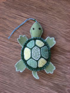 Turtle-felt ornament so cute!