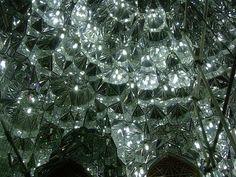 イランのシャー・チェラーグ廟 Bogh'e-ye Shah Cheragh