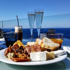 Bubbly Brunch looking out over the Aegean Sea Photo creditshellip