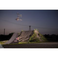 Throwback Thursday to the night session with @dawidgodziek in 2013.  #throwback #dirt #bmx #backflip #superman by wolisphoto