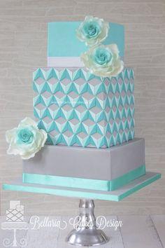 This wedding cake tho!!!