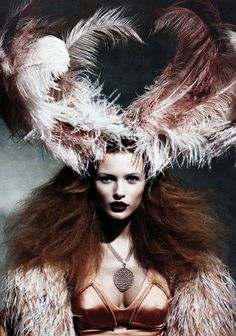Patrick Demarchelier. Reminds me of an early shoot of Kate Moss.