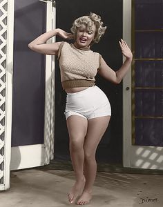 As much as I want to be tiny.... I always remember that the sexy Marilyn Monroe had curves and was a size 14.