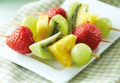 Fruit Kebabs #BacktoSchool #Lunchbox #Win