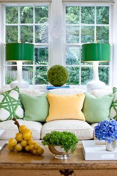 Blue And Green Living Room - Design photos, ideas and inspiration. Amazing gallery of interior design and decorating ideas of Blue And Green Living Room in living rooms by elite interior designers - Page 3 Living Room Green, My Living Room, Home And Living, Living Room Decor, Living Spaces, Simple Living, Modern Living, Green Lamp, Green Sofa