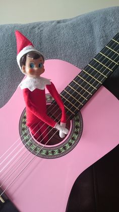 Elf is making some music