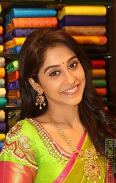 Regina Cassandra is an Indian film actress, who appears in Telugu, Tamil and Kannada films. Hot Images Of Actress, Bollywood Actress Hot Photos, Indian Actress Hot Pics, Most Beautiful Indian Actress, Bollywood Fashion, Most Beautiful Women, Indian Actresses, South Actress, South Indian Actress