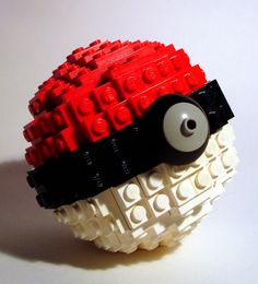Ball LEGO Pokeball haha gotta catch them all lol -totally gonna get me some legos and make this!LEGO Pokeball haha gotta catch them all lol -totally gonna get me some legos and make this! Lego Pokemon, Pokemon Party, All Pokemon, Lego Design, Legos, Lego Boards, Haha, Lego Building, Lego Brick